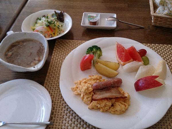 ALPENガストホフらんたん_朝食