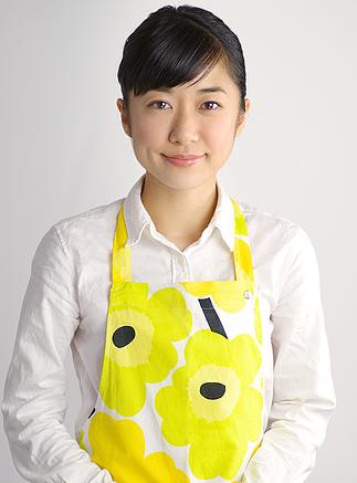 ローカーボ料理研究家_小川直世