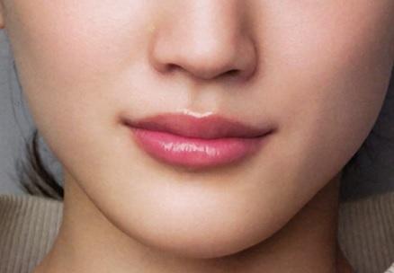 バランスの良い唇_女性